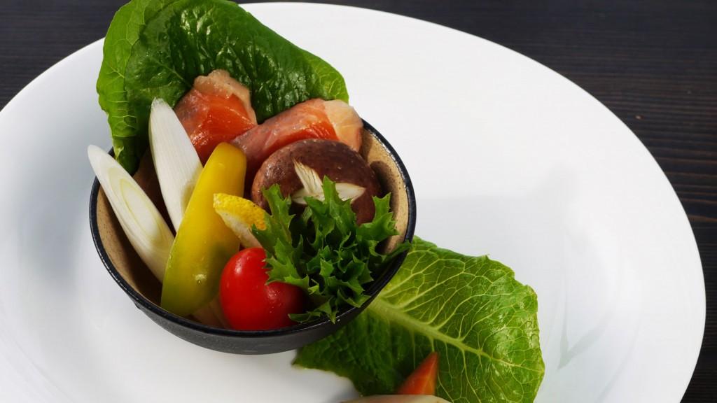 サーモンと飯南野菜のゆず風味ホイル焼き