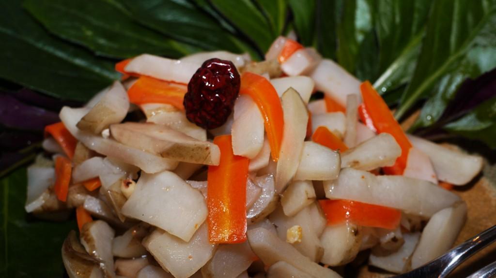 菊芋と人参里芋の煮物