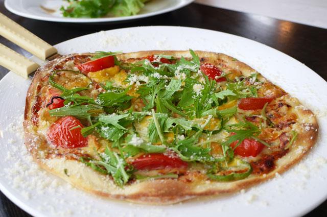 飯南野菜ピザ